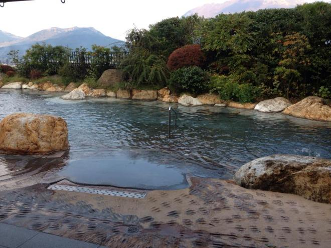 Onsen em Yufuin - *Foto tirada pela tia do Thiago